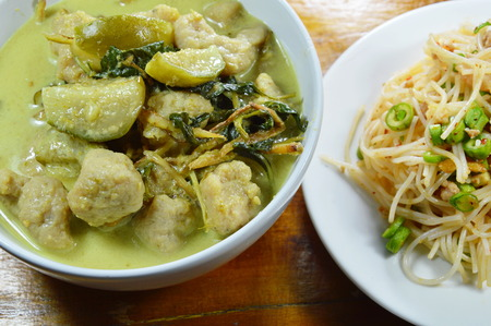 fish ball: green curry fish ball with eggplant eat couple with rice vermicelli spicy salad Stock Photo