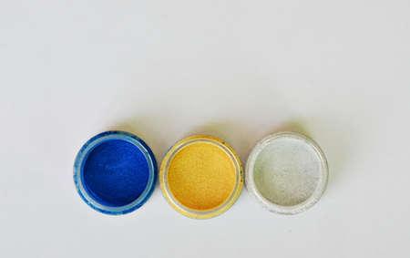 eyeshadow: colorful eyeshadow powder in bottle