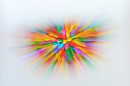 techniek: wazig kleurrijke bel verspreid door zoom techniek op een witte achtergrond Stockfoto