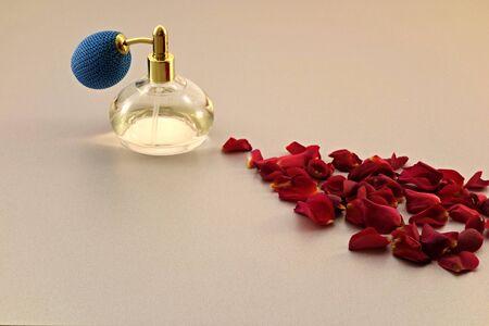 roses, perfume