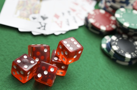 dices, cards and casino chips on a green baize Stock Photo - 10558173