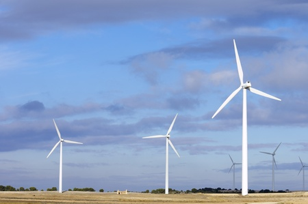 view of windmills for electric power generation alternative Stock Photo - 10645098