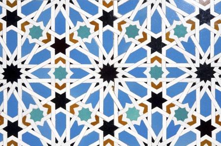 sevilla: close-up van een keramische tegel in Reales Alcazares, Sevilla, Andalusie, Spanje