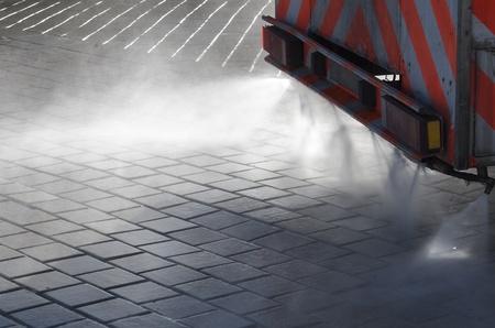 水スプレー洗浄機の前景