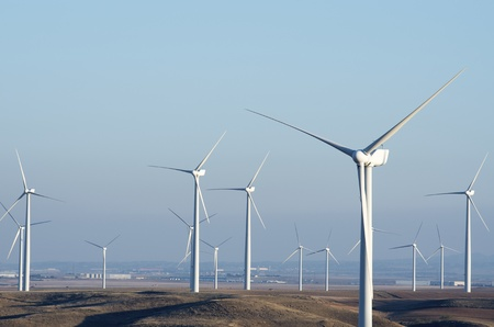 wind energy: windmills for renowable electric production with clear sky