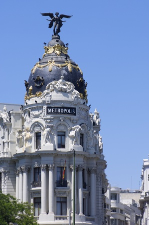 gran via: Madrid, Spain - June 7, 2008: view of the famous Metropolis Building, located at the intersection of  Gran Via and Alcala Streets, Madrid, Spain Editorial