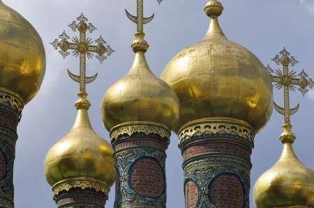 forefront of the domes of The Church of the Deposition of the Robe, Kremlin, Moscow, Russia Stock Photo - 14135389