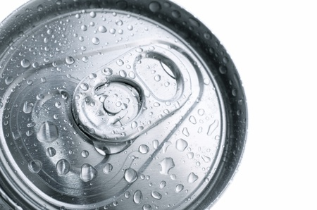 closure: fore the closure of an aluminum can of soda