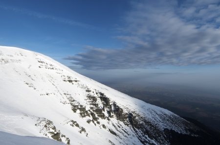 winter view of the eastern slopes of Moncayo peak Stock Photo - 15172377