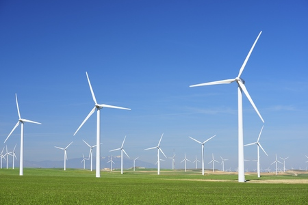 molino: Los molinos de viento para la producci�n de energ�a el�ctrica, la provincia de Zaragoza, Arag�n, Espa�a