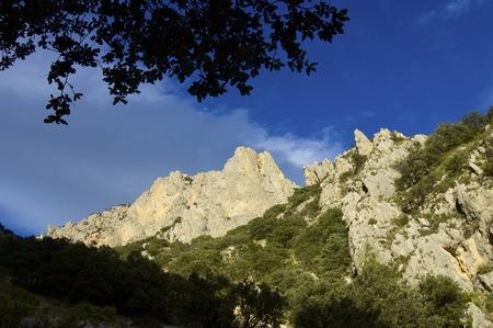 pin�culo: Pin�culo rocoso en Puig Campana Monta�as, Alicante, Valencia, Espa�a