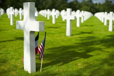 White crosses in American Cemetery, Coleville-sur-Mer, Omaha Beach, Normandy, France. Stok Fotoğraf