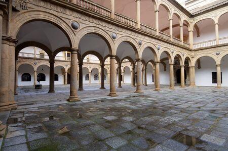 castilla la mancha: courtyard of the Hospital de Tavera, Toledo, Castilla La Mancha, Spain Editorial