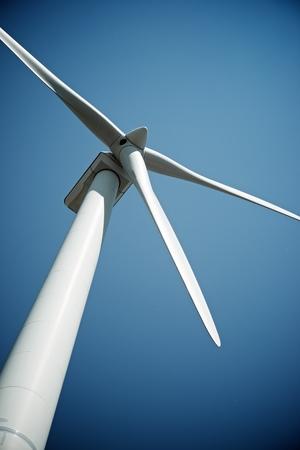Wiatrak do produkcji energii elektrycznej, Prowincja Burgos, Castilla León, Hiszpania.