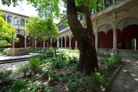 real renaissance: Renaissance cloister of the Real Monasterio de Nuestra Sra. del Carmen, Valencia, Spain Editorial