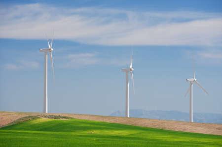 Windmolens voor elektriciteitsproductie, provincie Zaragoza, Aragon, Spanje. Stockfoto