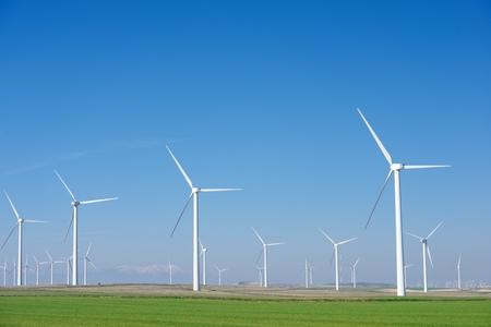 Windmolens voor elektriciteitsproductie, provincie Zaragoza, Aragon, Spanje