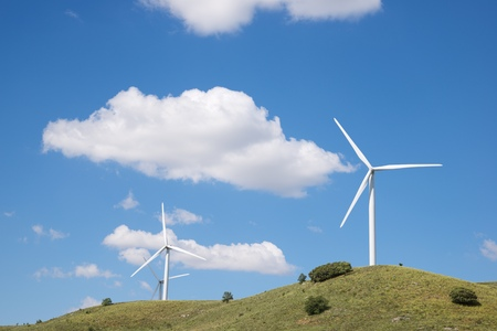 Windmills for electric power production, Soria Province, Castilla Leon, Spain. Standard-Bild - 124235403