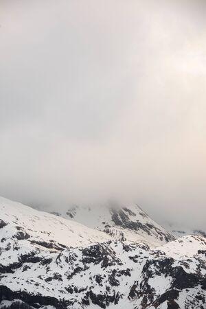 Snowy peaks in Aspe Valley, Pyrenees, France. 免版税图像