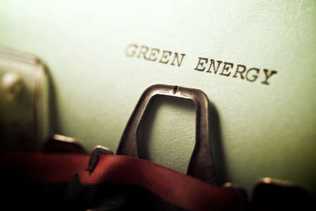 Green energy phrase written with a typewriter. Standard-Bild