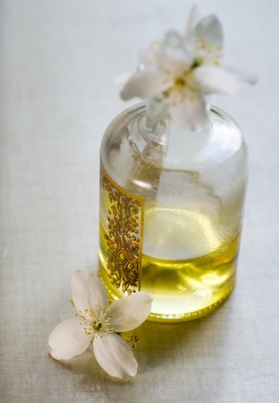 Aromatic and curative massage oil extracted from exotic flowers  photo