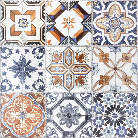 Beautiful old wall ceramic tiles patterns Imagens