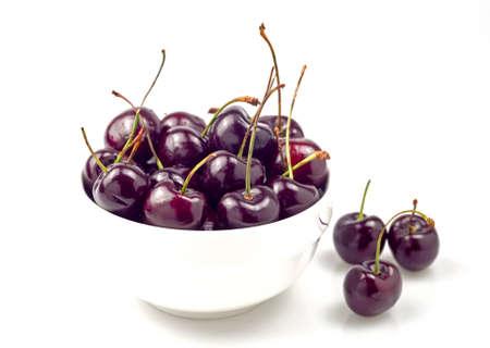 Close ups  fresh cherries in bowl.