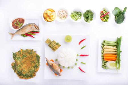 fruit plate: fried mackerel with shrimp paste sauce nam prik kapi pla too