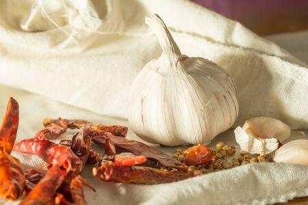 stil: Stil life Thai seasoning, garlic and dry chili  Stock Photo