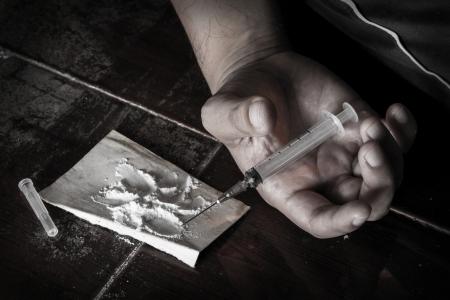 Overdosis drugs, sociale verslaving, drugs, heroïne