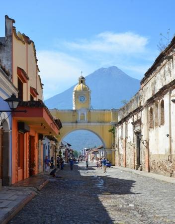 catalina: Santa Catalina Arch in Antigua Guatemala Editorial