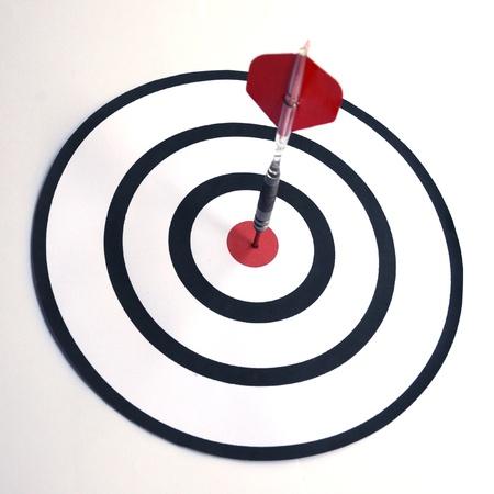 bull     s eye: Dart in the bull s eye center of target  Business success concept