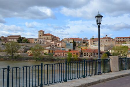 Bridge over Duero river in the City of Zamora, Castilia y León, Spain Stock Photo