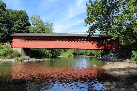 covered bridge': Henry Covered Bridge Bennington, VT Stock Photo