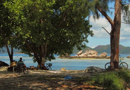 digue: Travel destination La Digue Island Seychelles