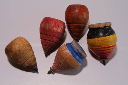 Tollen - traditionele houten speelgoed