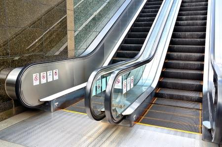 Escalator 報道画像