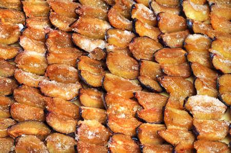 shorten: Ciruelas congeladas est�n preparados para un pastel de ciruela