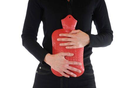 w�rmflasche: Junge schlanke Weibchen hat Bauchschmerzen