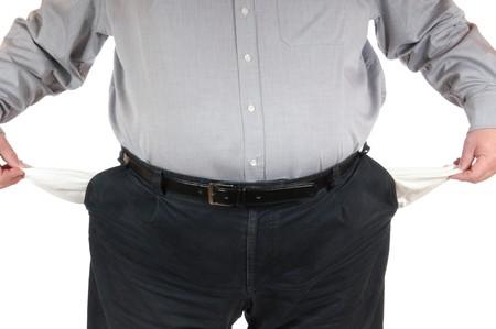 hombre pobre: Pobre hombre con bolsillos vac�os Foto de archivo
