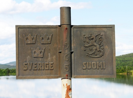 The border between Sweden and Finland, here in Oevertornea Stock Photo - 12943472