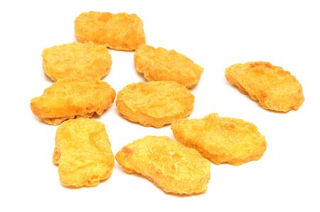 nuggets de poulet: Frais nuggets de poulet dans un studio shot