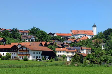 rott: Vista de la aldea de Rott am Inn, en Baviera cerca de Wasserburg Foto de archivo