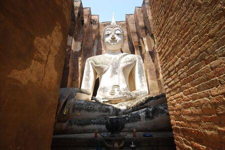 chum: Wat Sri chum Buddha