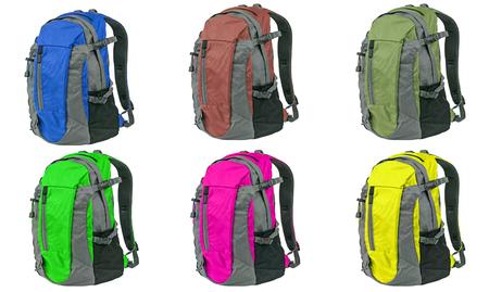 mochila: mochila de color diferente aislado en el fondo blanco
