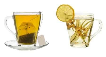 tazza di te: tisane e bustina di tè su uno sfondo bianco
