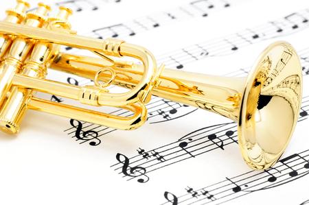 トランペットと楽譜 写真素材
