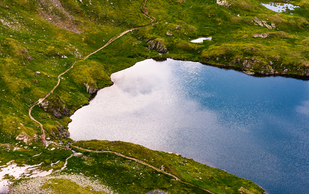 여름 하루에 빙하입니다. 사랑스러운 자연 경관 위에서 볼. 아름다운 배경 스톡 콘텐츠