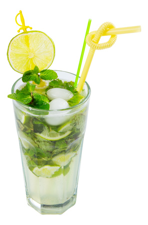 non alcohol mojito with ice, mint and lime in a tall glass. isolated on a white background Stok Fotoğraf - 109273844