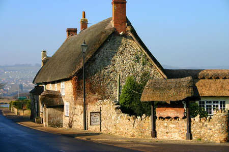 accomodation: Ancient thatched pub in Devon, England, dates from the twelfth century